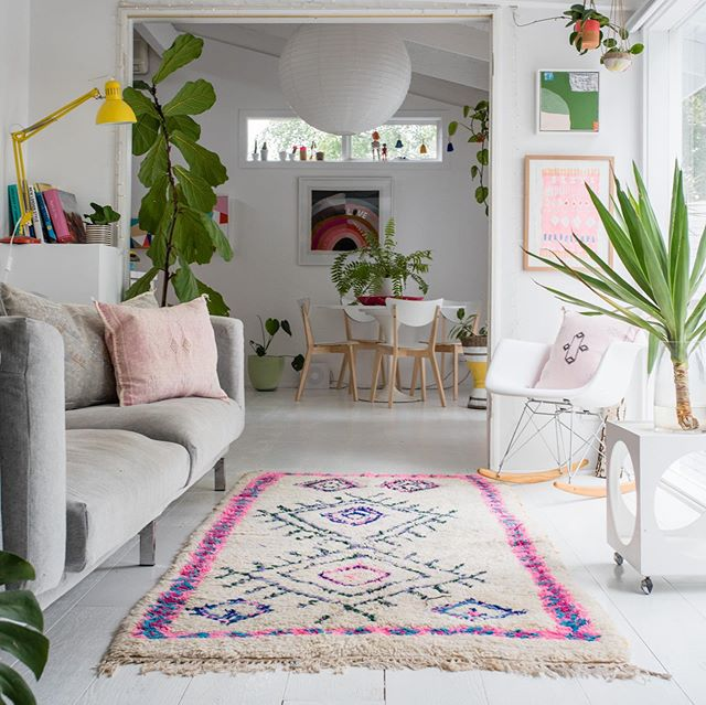 """WOW HAUS + LOVE MOROCCAN RUGS was a match made in home heaven 😍 Kate from @wowhaus.au opened her stunning abode to us yesterday where we were in complete happiness overload with all the colourful styled goodness. So many thoughtful details in every room left us with so much inspo for our own homes! The lovely Kate, from @lovemoroccanrugs let us run wild with our creativity in shooting her gorgeous rugs in the best light and setting. Did you know they are all one-off rugs, imported hand made from the Atlas Mountains in Marrakech!? Each one in all it's warmth and vibrancy is so intwined with a story that is so unique. We think this makes them so much more special! 👩🏼🎤 Thanks to both you beautiful women Kate + Kate for having us! We are so grateful for the experience of yesterday. And thanks to Elliot the doggo, who stepped up the plate for his first """"official"""" modelling gig - he nailed it completely 😍 . . . . . . . . . . . . . . . #homeinspo #interiorstyling #home #homewares #interior #photography #interiordesign #homeware #homeinterior #walldecor #handmade #lovemoroccanrugs #wowhaus #homeshoot #melbournephotography #homewaresphotographer #interiorstyling #productshoot #weloveourjob #madebythewho #dogmodeling #cutedoggy"""