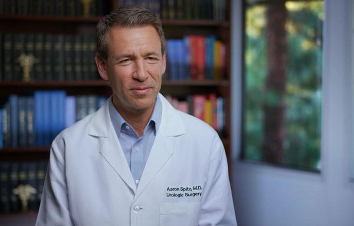Dr.-Aaron-Spitz-Int-1-CC_final_.jpg