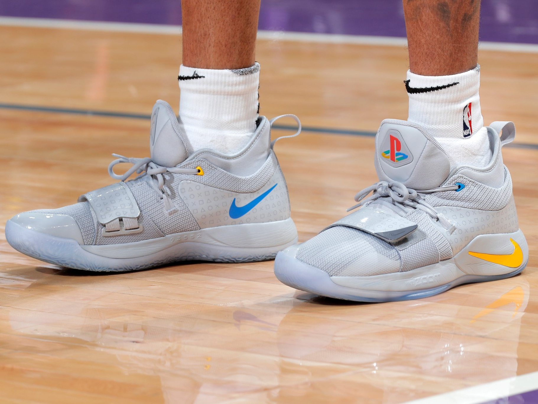 D'angelo Russell drops 44 with the PlayStation x Nike PG 2.5 🔥🔥 - Brooklyn Nets vs. Sacramento Kings | March 19, 201944 Points12 Assists4 Rebounds4 Steals17-33 Shooting