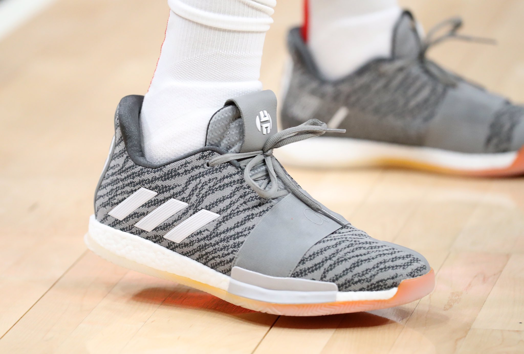 James Harden scores 38 points rocking his Adidas Harden Vol. 3 - Houston Rockets vs. Atlanta Hawks | March 19, 201938 Points10 Assists8 Rebounds1 Steal8-18 Shooting