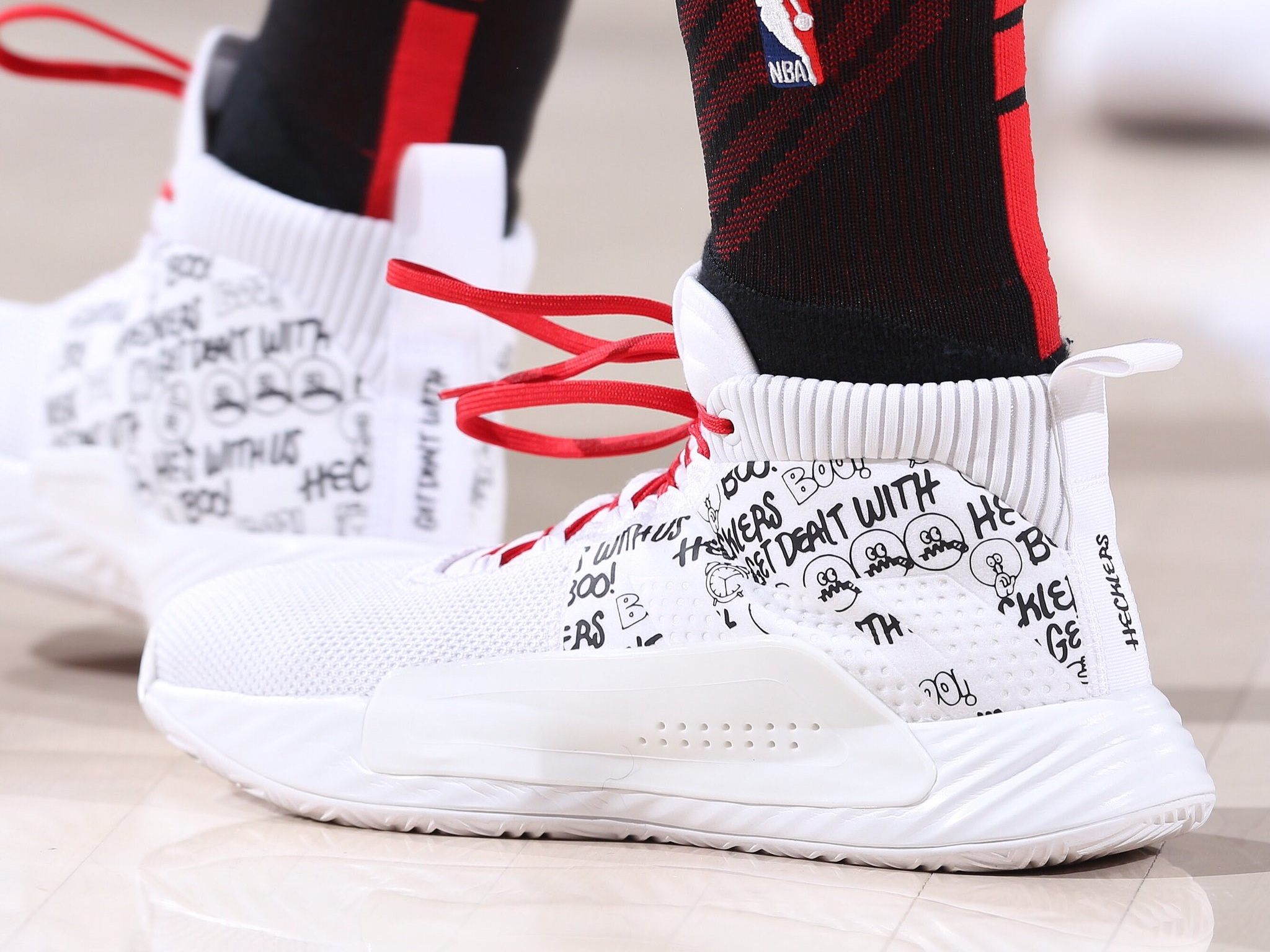 Damian Lillard rocking his Adidas Dame 5 - Portland Trail Blazers vs. Dallas Mavericks | March 20, 201933 Points12 Assists5 Rebounds2 Steals9-18 Shooting