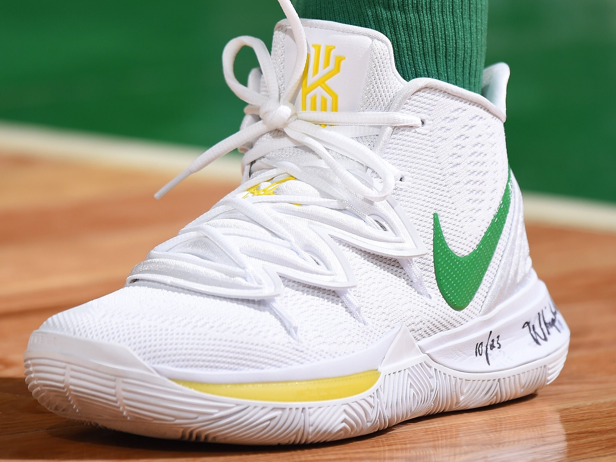Kyrie Irving wearing his own Nike Kyrie 5 - Boston Celtics vs. Denver Nuggets | March 18, 201930 Points4 Assists5 Rebounds4 Steals10-23 Shooting