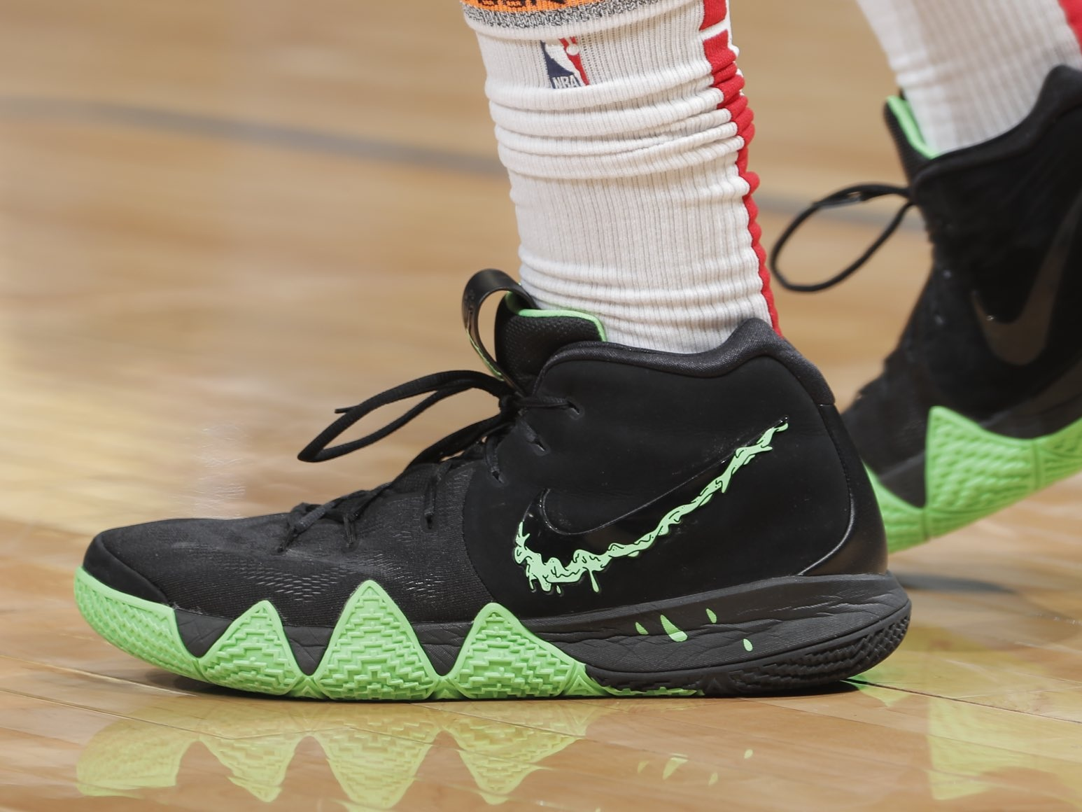 Iman Shumpert with the Nike Kyrie 4 drippin colorway -