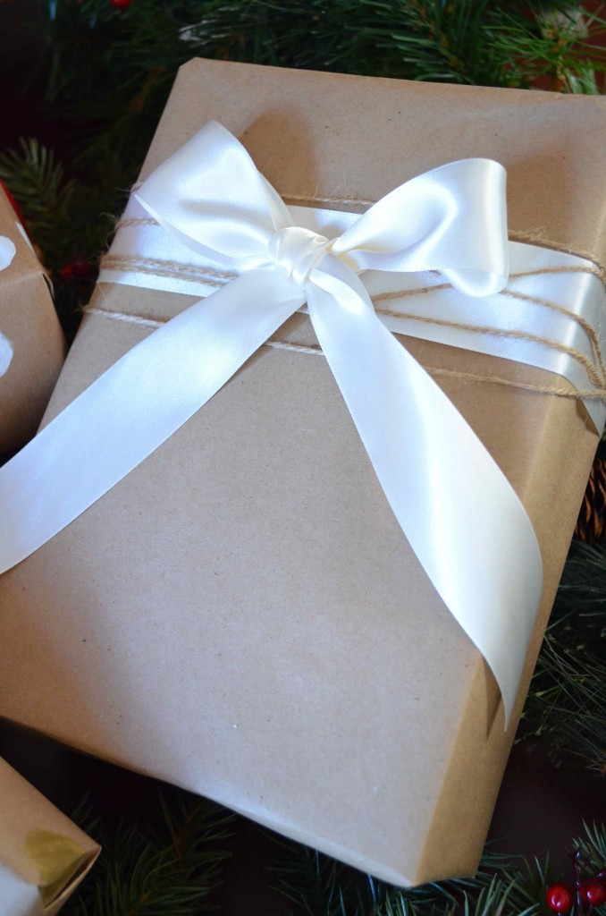Gift wrapping 15