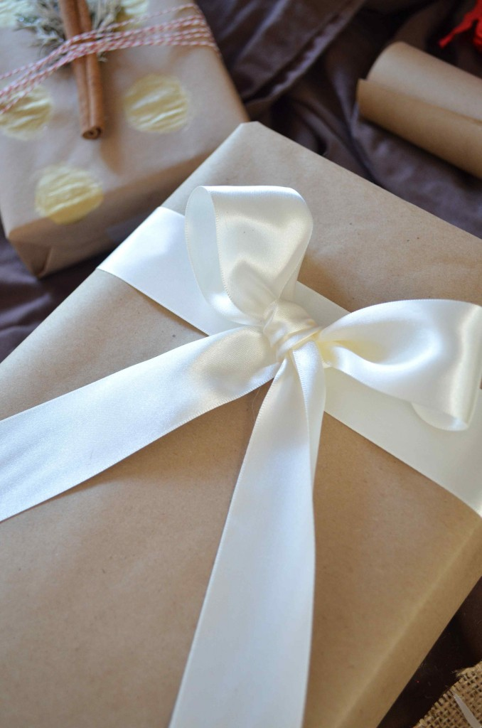 Gift wrapping 18