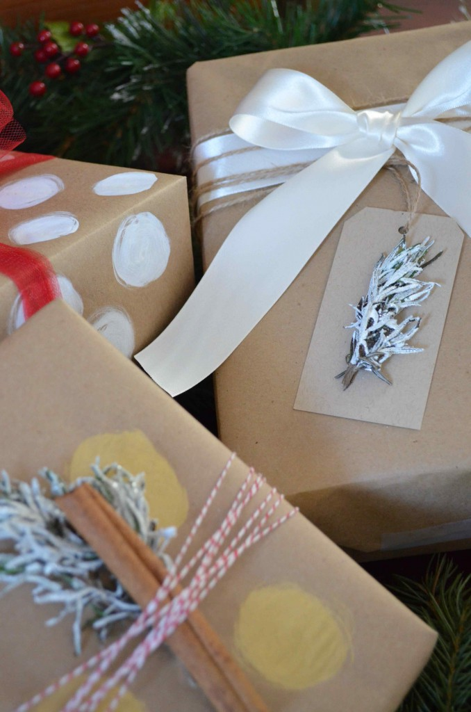 Gift wrapping Maria Provenzano