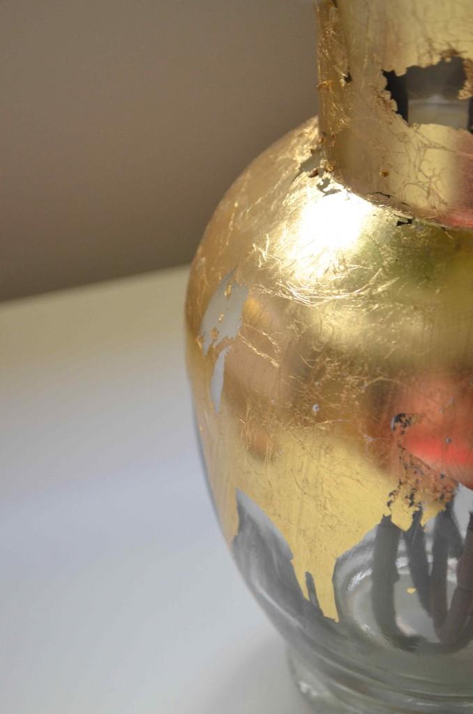gold vase 9