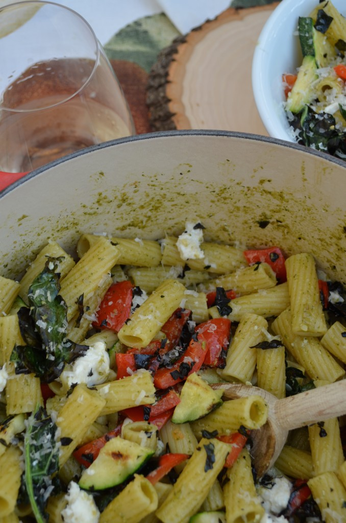 pesto pasta with grilled veggies and crispy kale