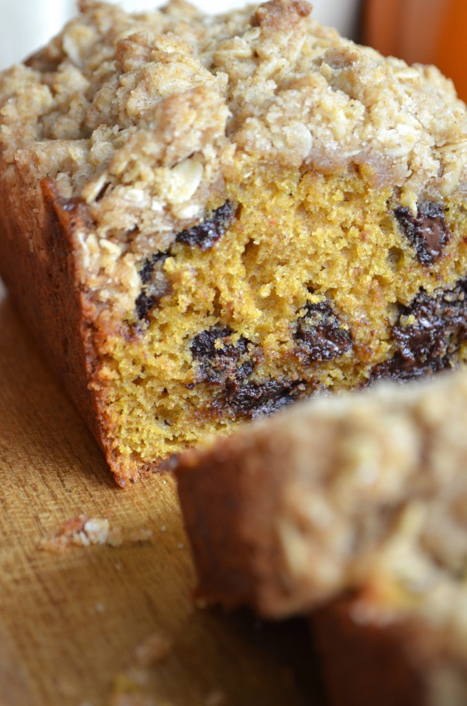 Pumpkin Bread with Dark Chocolate and Spiced Crumble Topping