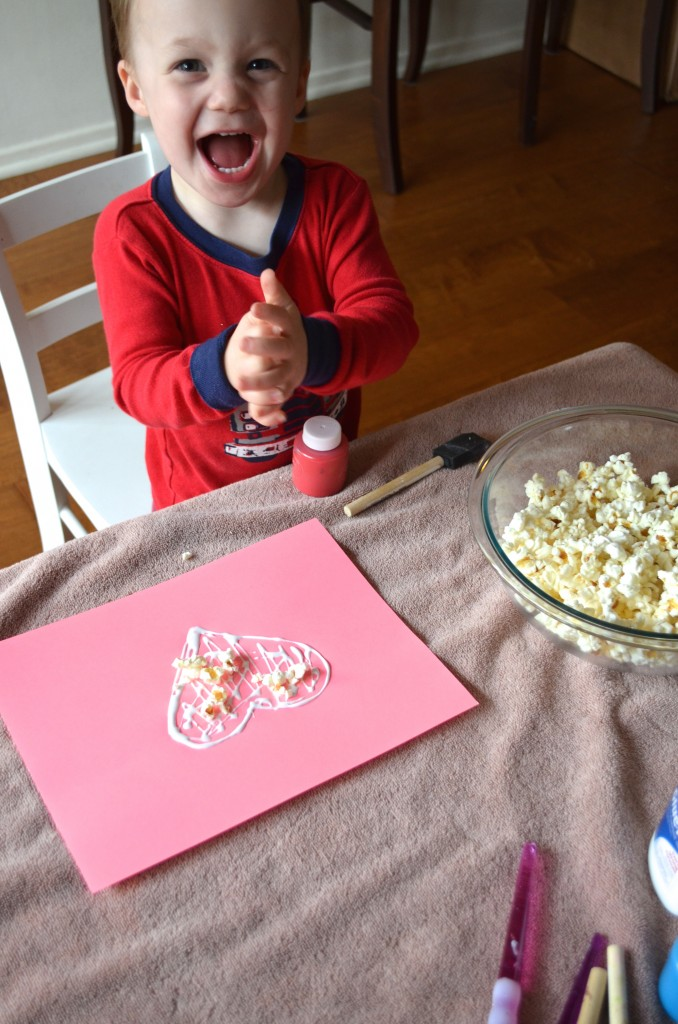 Toddler Popcorn Craft