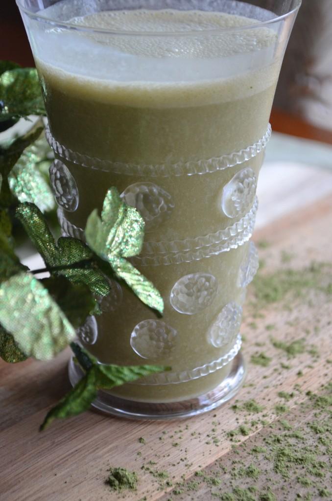 A Healthy Take On The Shamrock Shake With Matcha