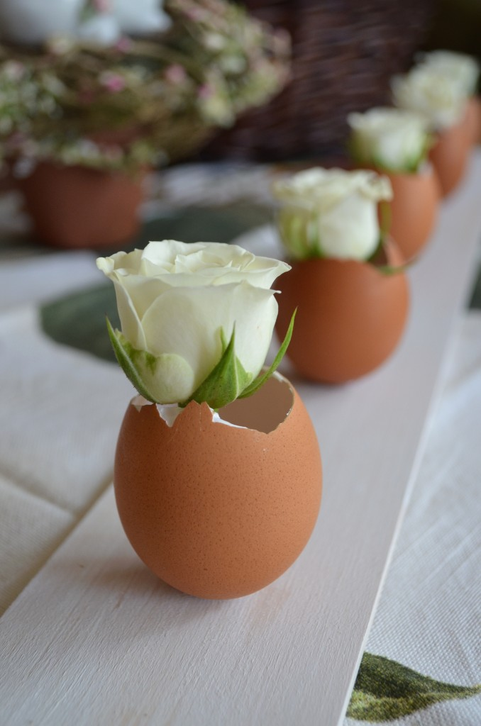 Easter Egg Shell Vase Craft