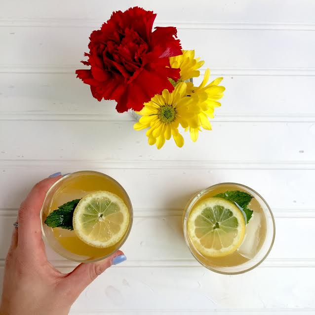Whiskey Lemonade With The Modern Day Girlfriend Arianna Thomopoulos