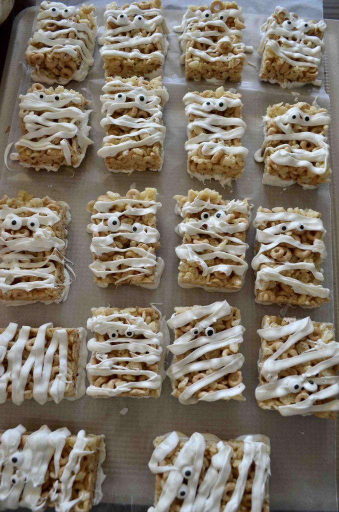 Mummy Rice Krispie Treats