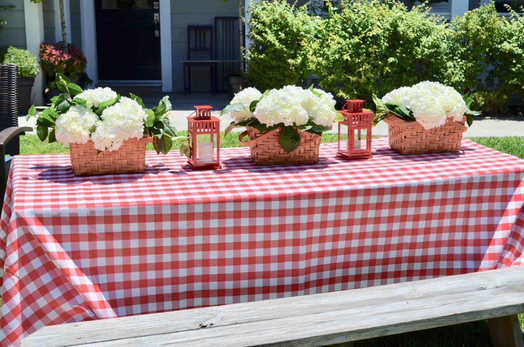 DIY Floral Picnic Baskets