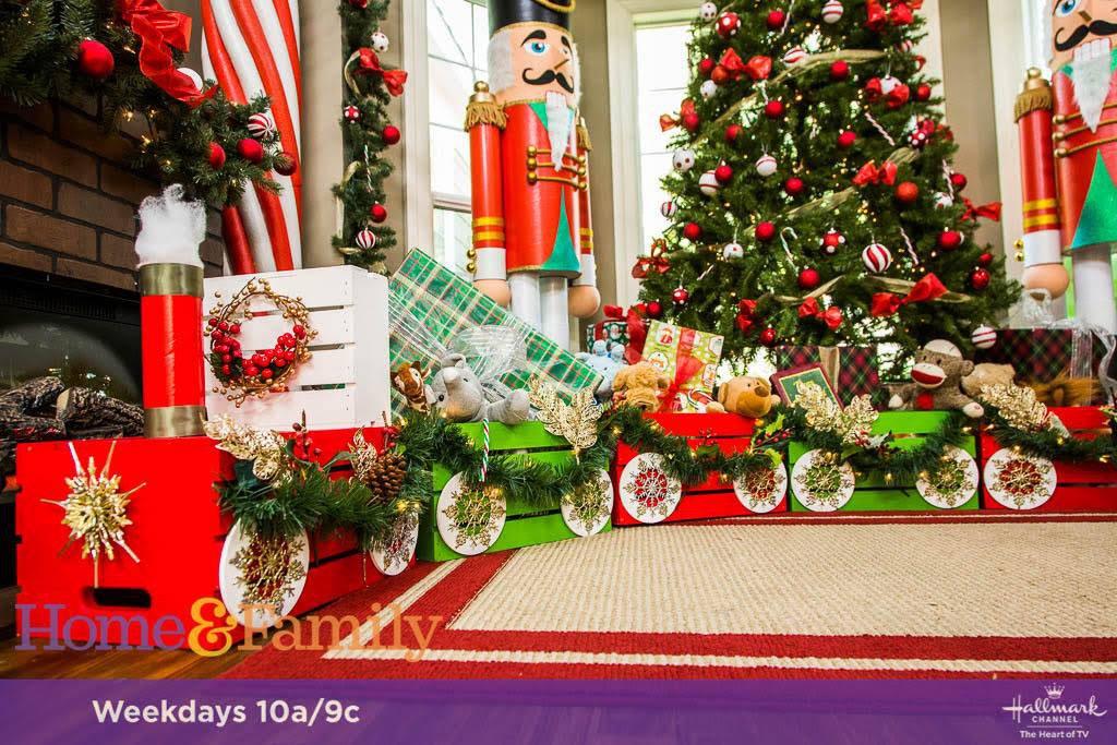 DIY Christmas Crate Train