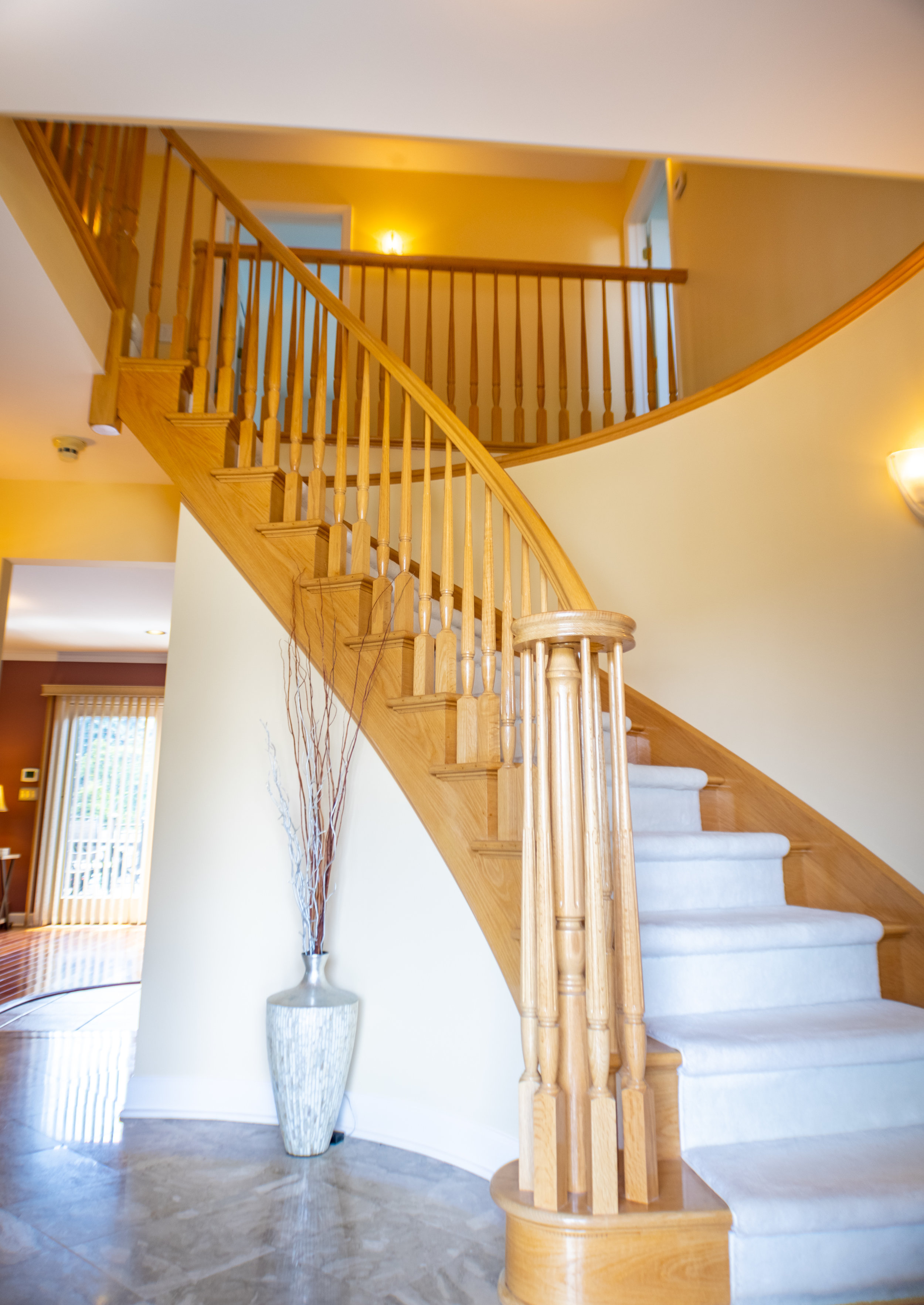stairsstraight.jpg