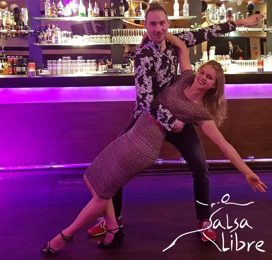 Salsa Libre met Mike.png
