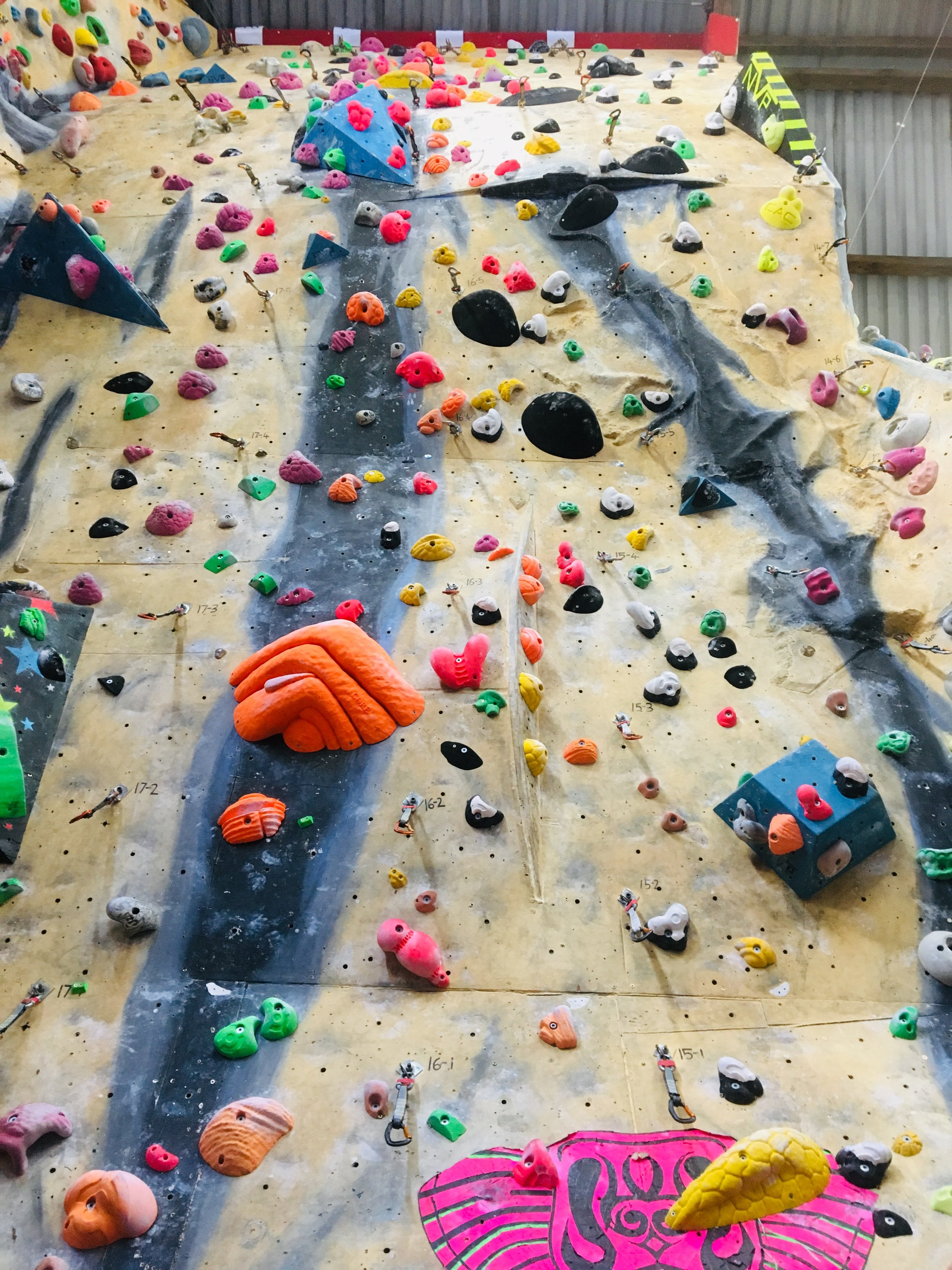 Hangers 16 & 17 - Hanger 16Font Yellow (F7b) OJHanger 17No New Routes (May 20th)