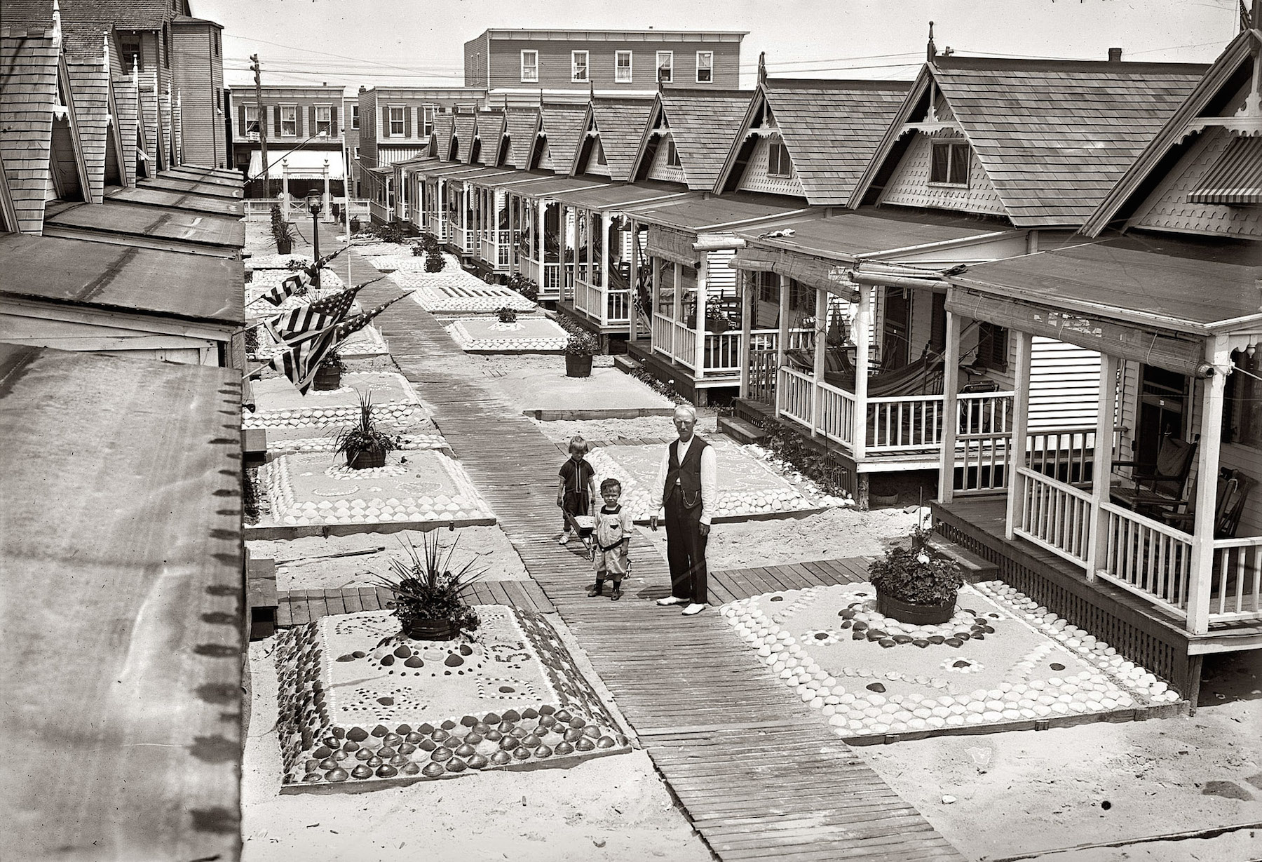 GG Bain Bungalows 1910.jpg