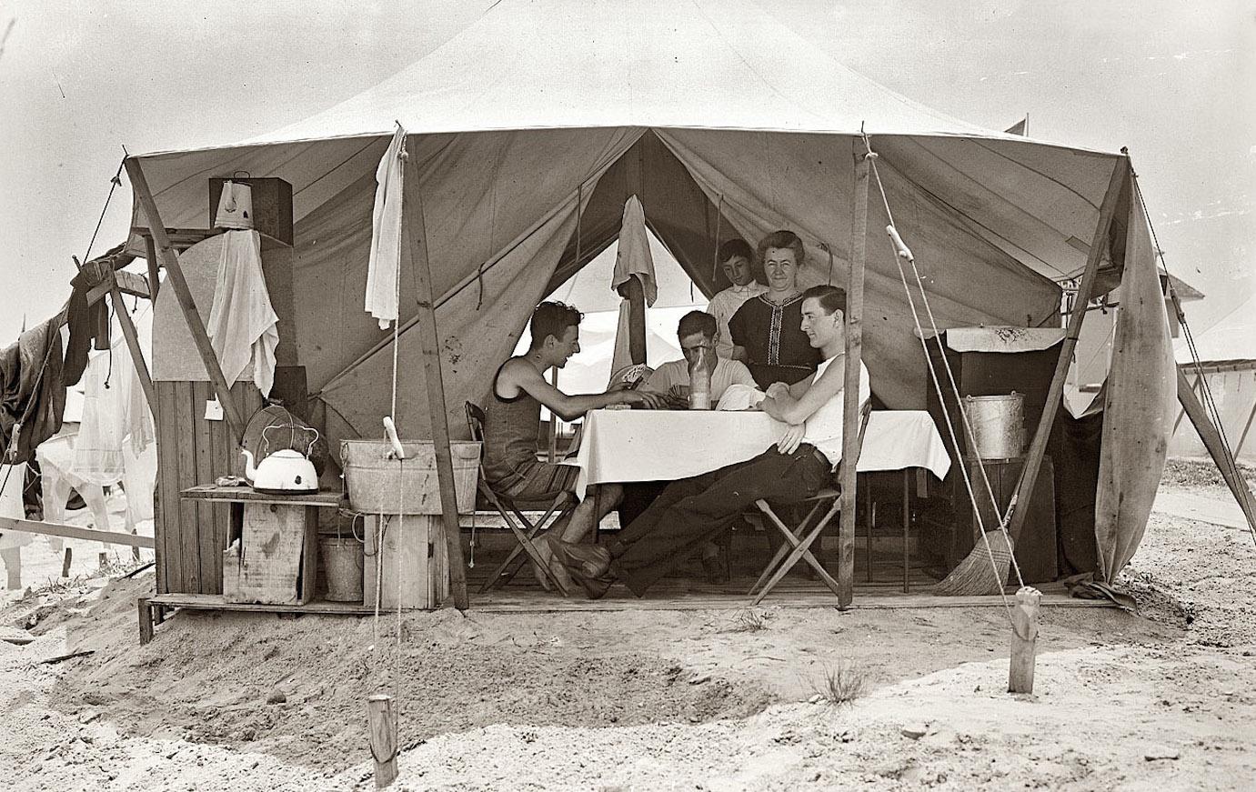 Bain Tent City 1907.jpg