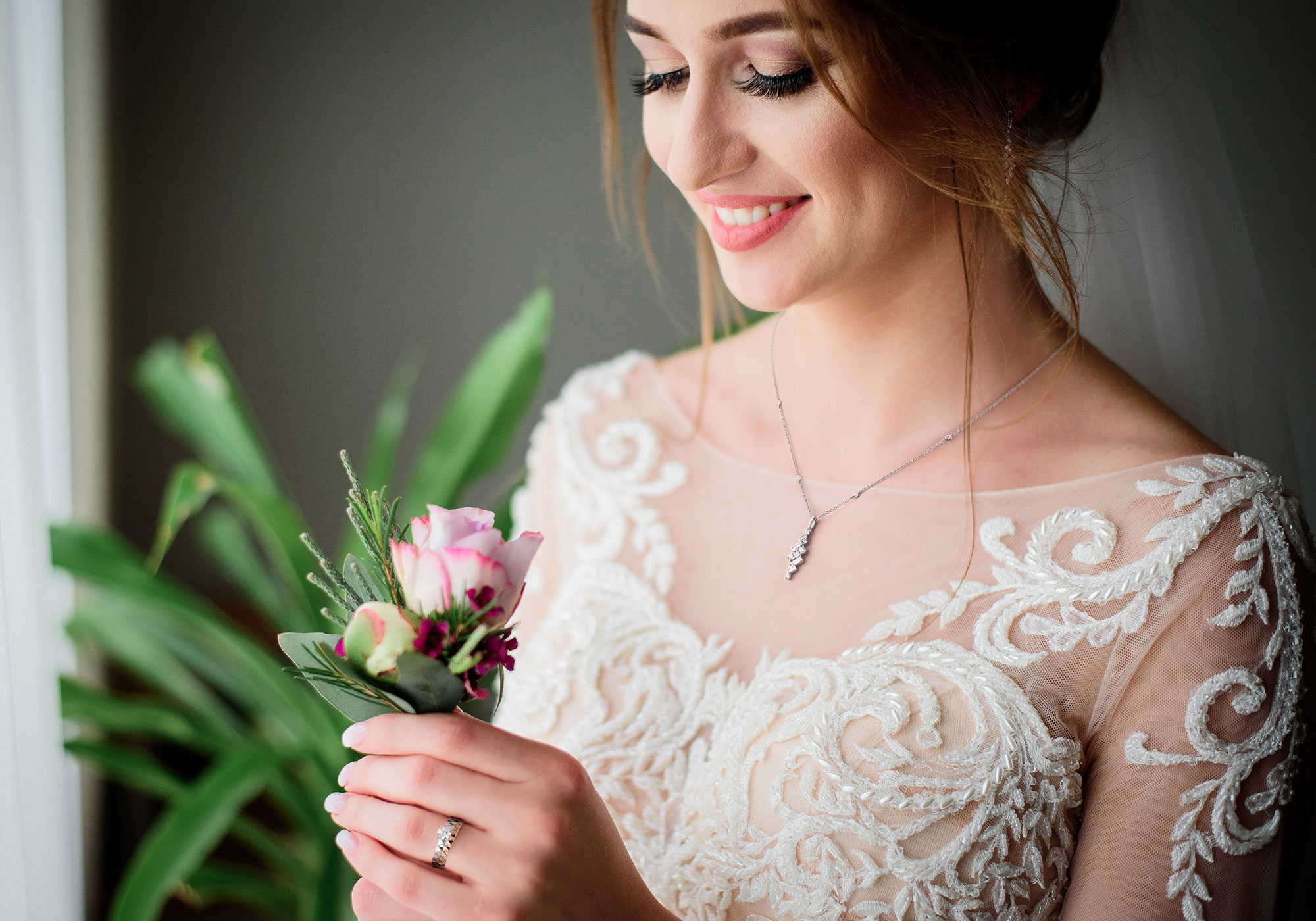 Wedding jewellery - Add extra sparkle to your special day with a stunning piece of jewellery.