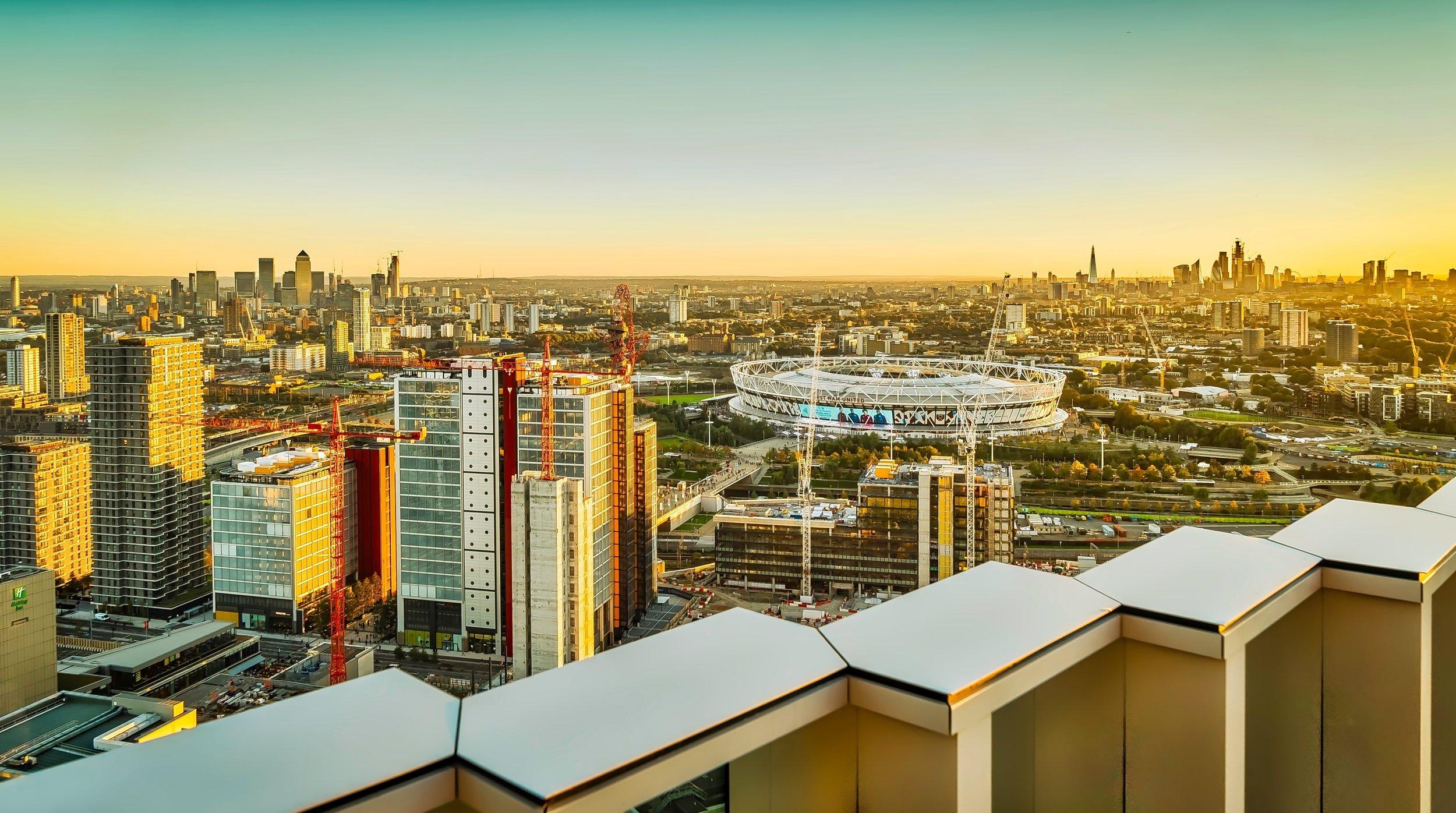 The iconic London skyline from the 36th floor of Manhattan Loft Gardens | © 2019 Frank Da Silva