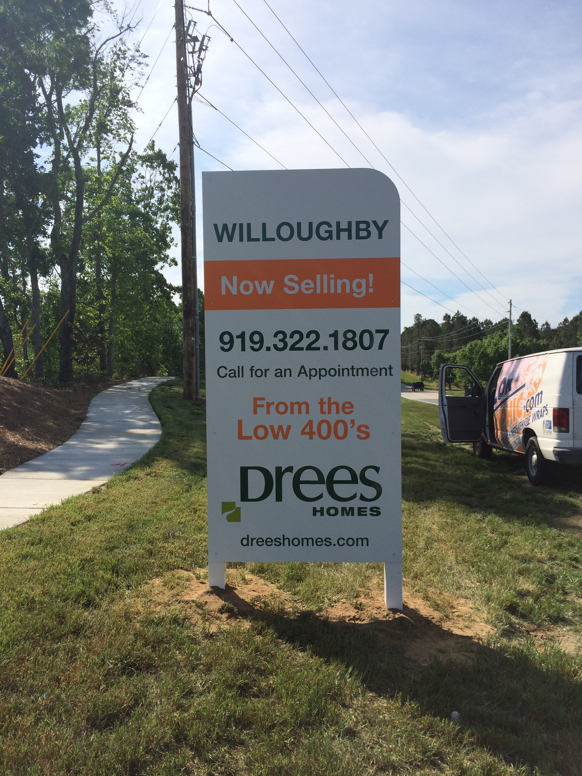 Our full service post and panel sign programs are perfect for any real estate company!