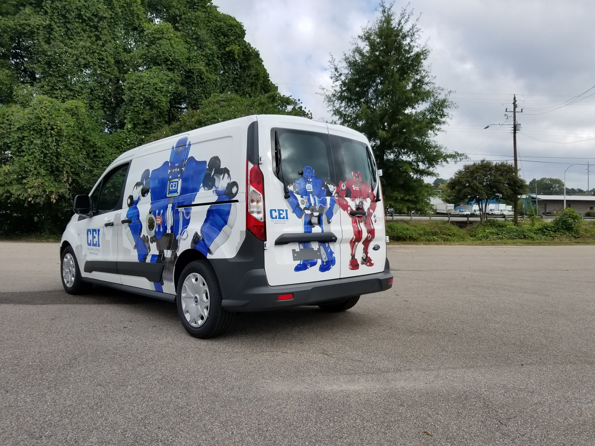 We have the capability to handle any fleet graphics project, big or small. See why the RTP area trusts Colorgraphic with any fleet graphics project.