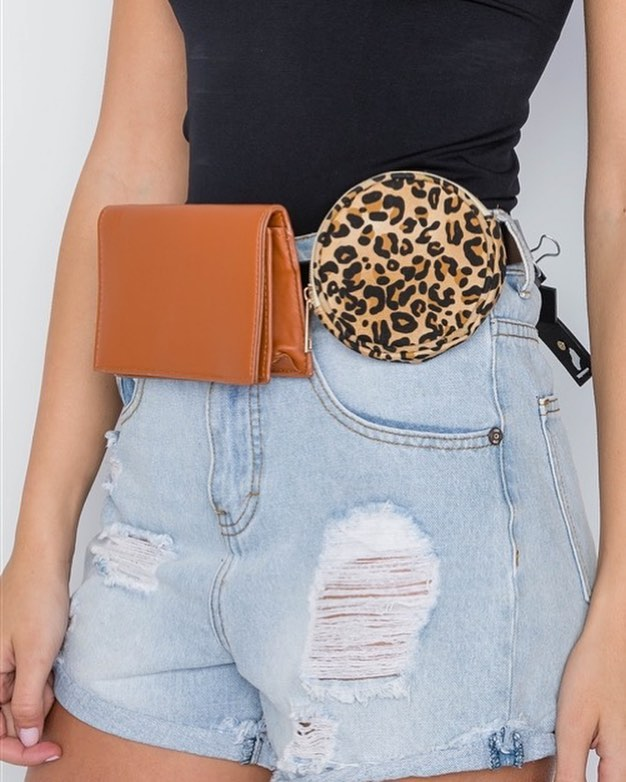 Get ready for this 3 piece fanny pack! We will be getting this and more on the website this week 😍 Want to preorder and get it before it's on the site? Shoot us a DM!