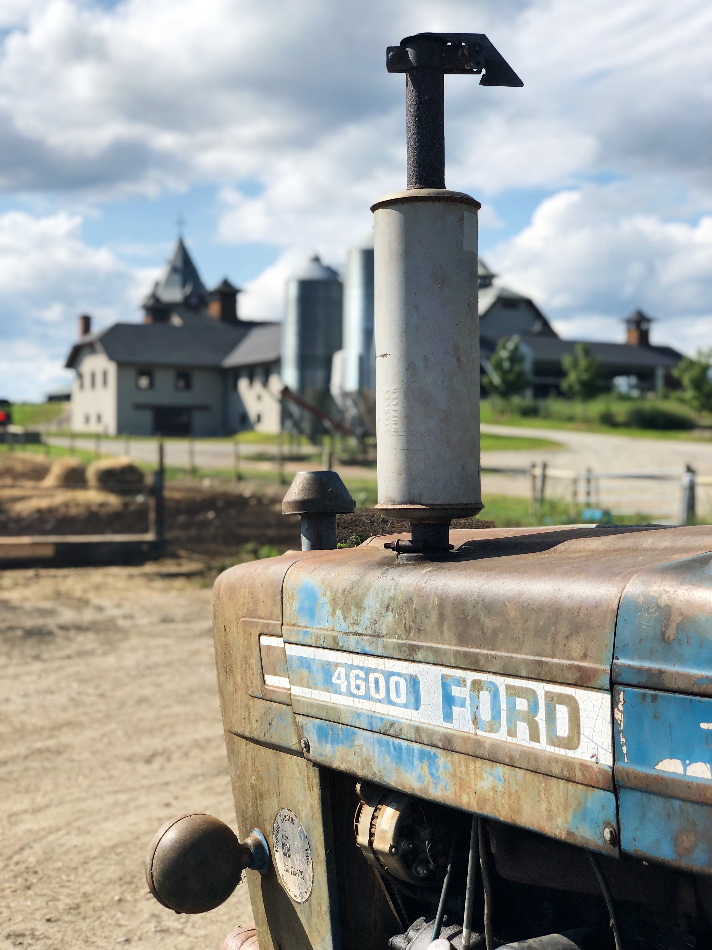 old ford tractor 2.JPG