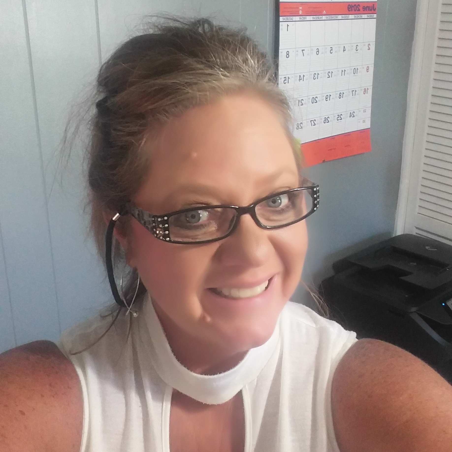 Debbie Jacobs - ADMINISTRATIVE ASSISTANT / DISPATCHERDebbie has been with Chilly Pepper since June 2018 and has over 20 years experience in Office Managing, Bookkeeping, & Scheduling. She brings with her; knowledge of HVAC equipment, knowing the area for scheduling and making sure there is always a satisfied customer. With a positive and professional attitude, she always puts the customer first, making sure they get the upmost professional customer and technical service. Debbie loves spending time on the boat with her family.