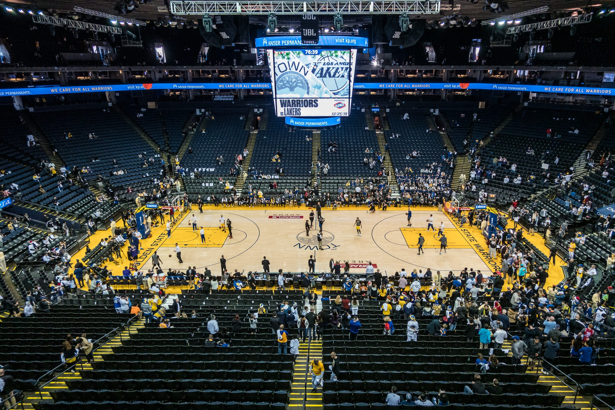 golden state warriors vs los angeles lakers game