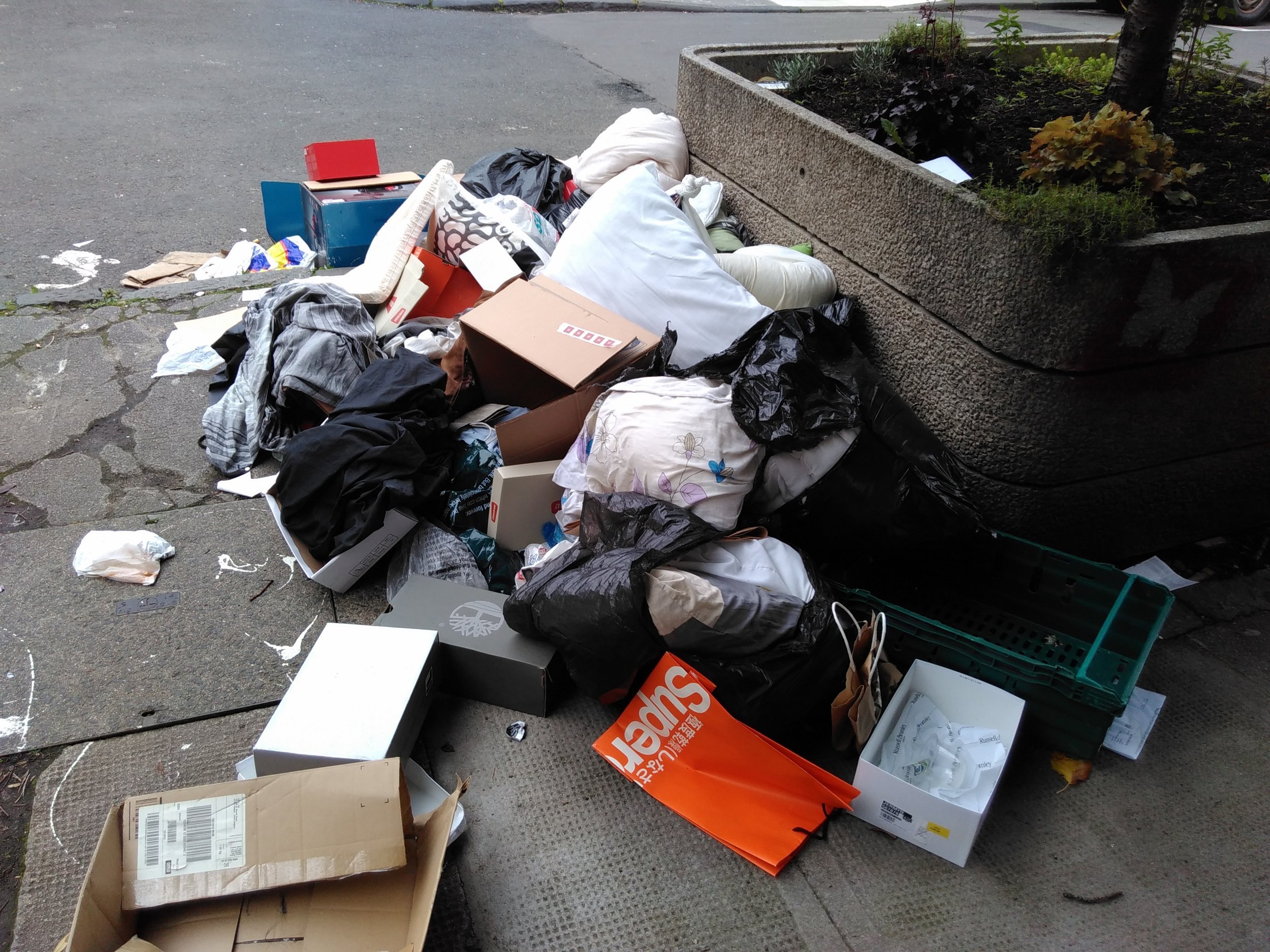 rubbish on streets.jpg