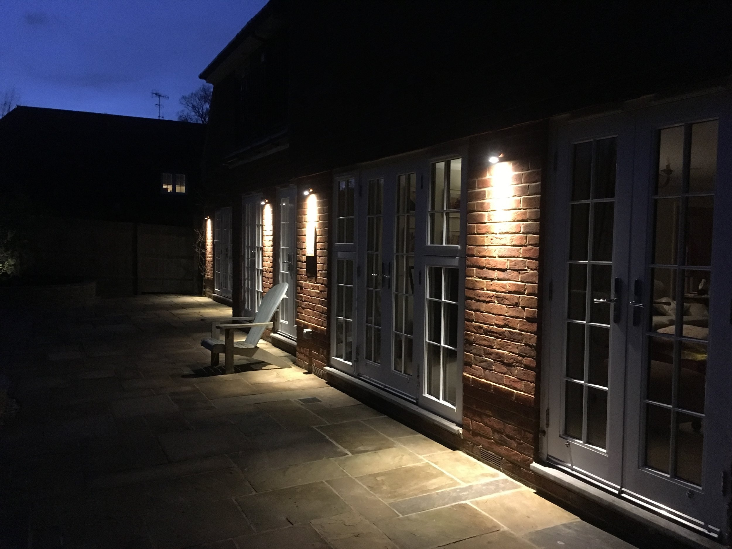 LIGHTING - Energy Saving Quality DesignsWireless ControlsFlexible Systems