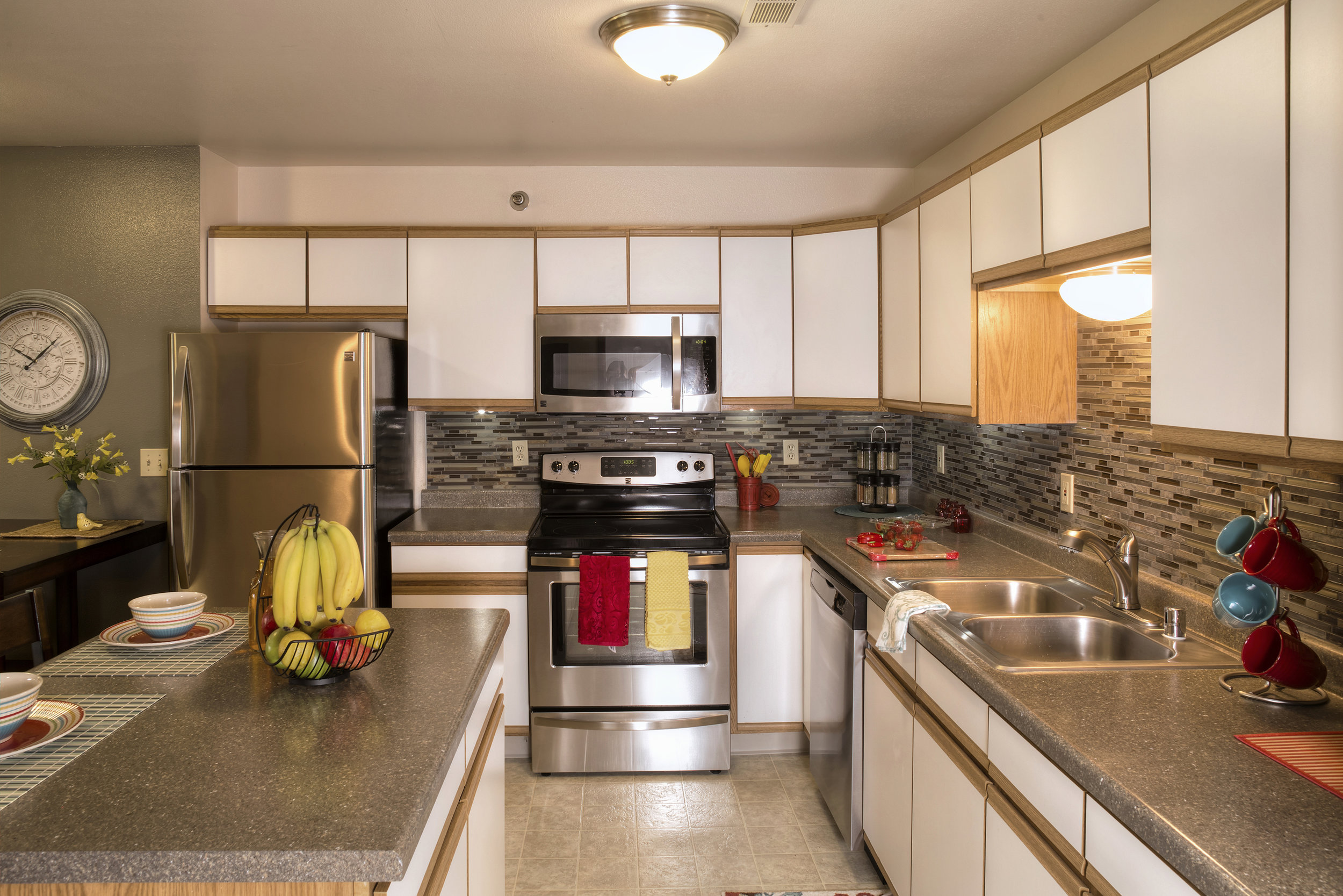 Spacious Kitchens with Center Island and Stainless Steel Appliances