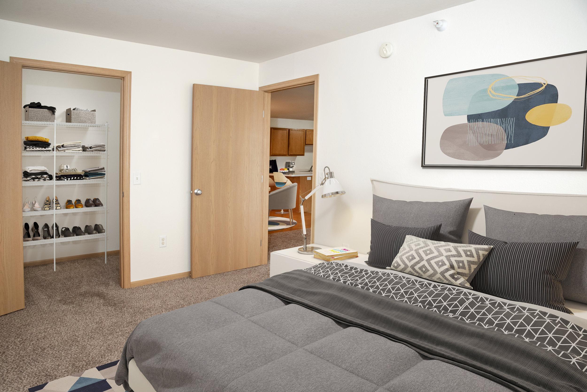 06-Spacious Bedrooms with Plenty of Closet Spaces.jpg