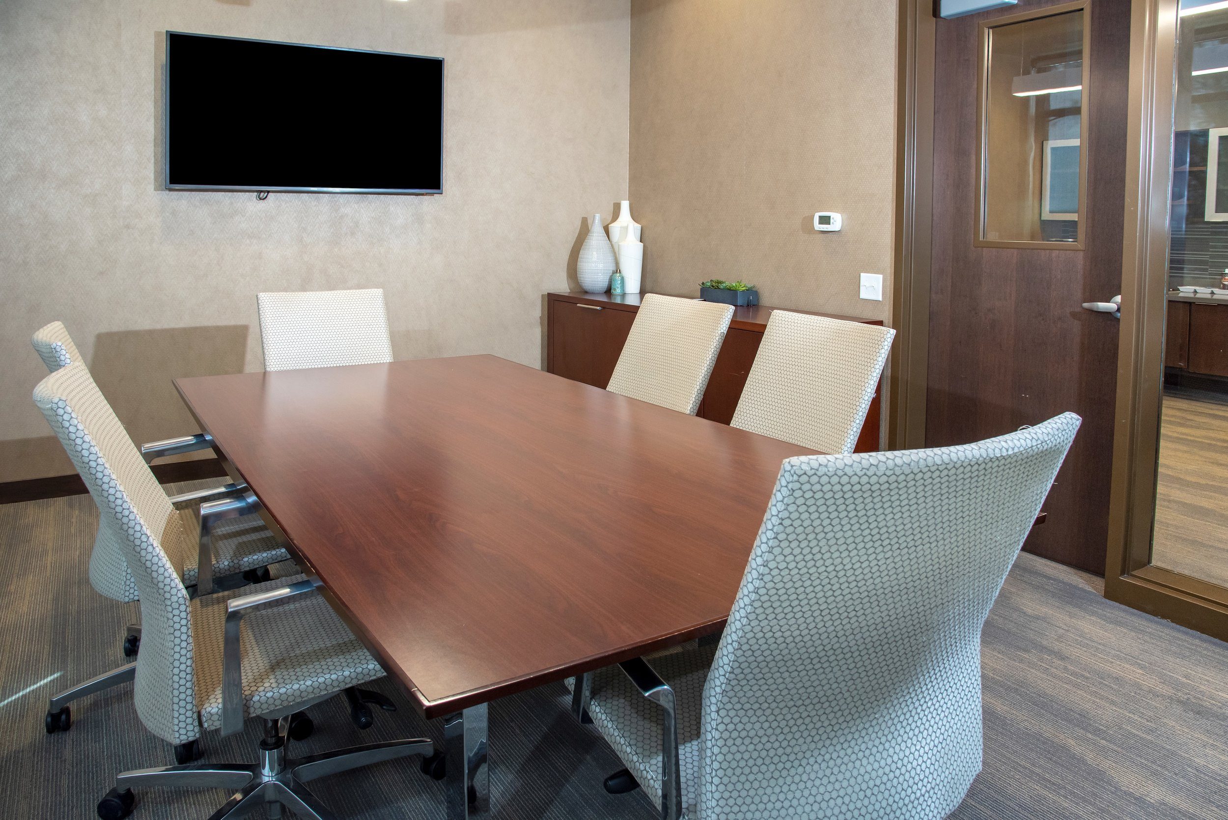 14-Private Conference Room.jpg
