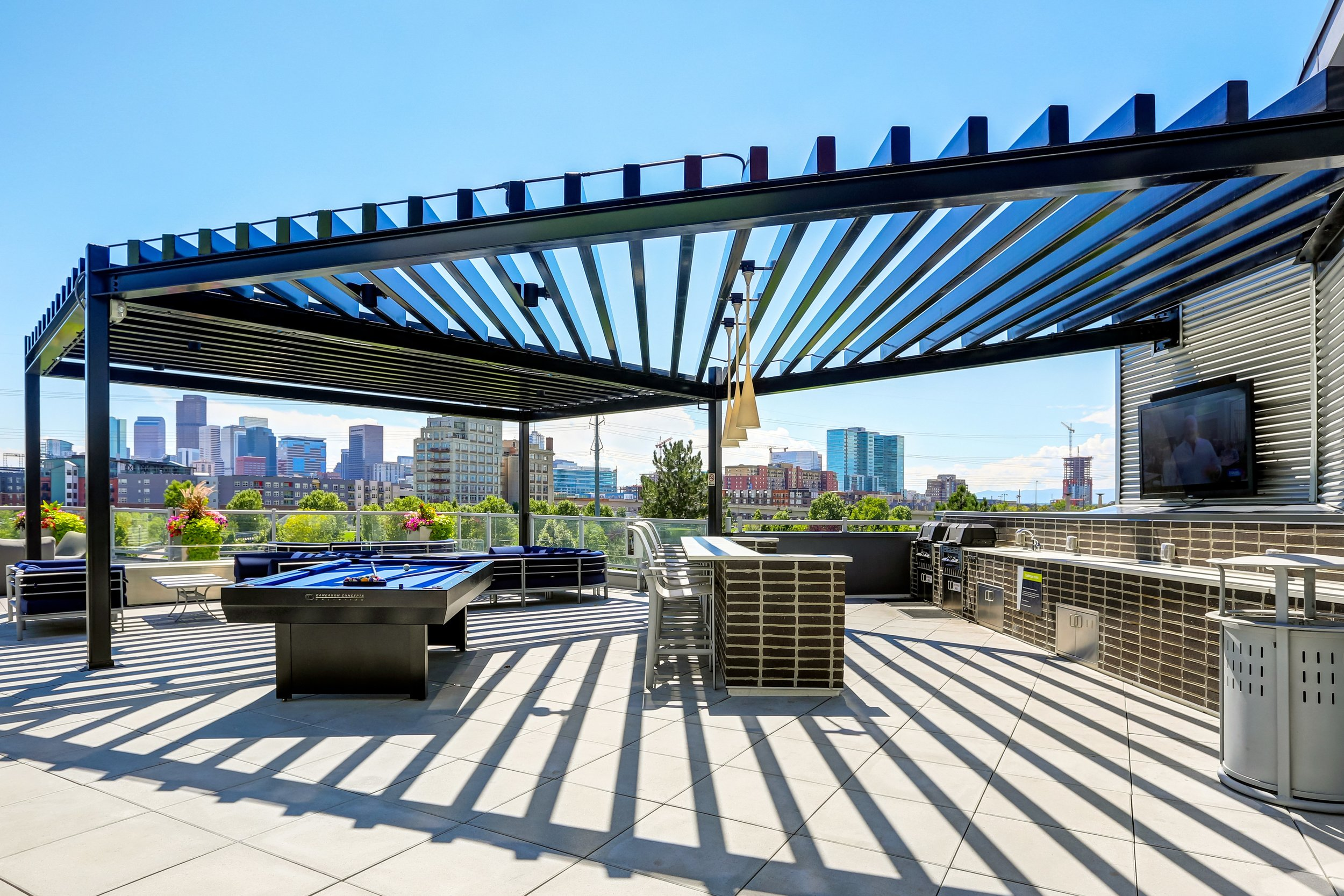 11-Enjoy the Sweeping Views from the Sky Deck.jpg