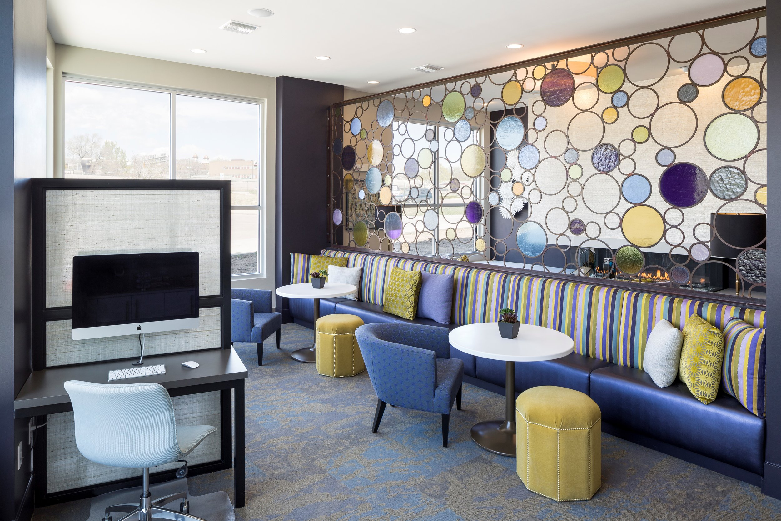 12-Coffee _ Business Lounge With Fireplace.jpg