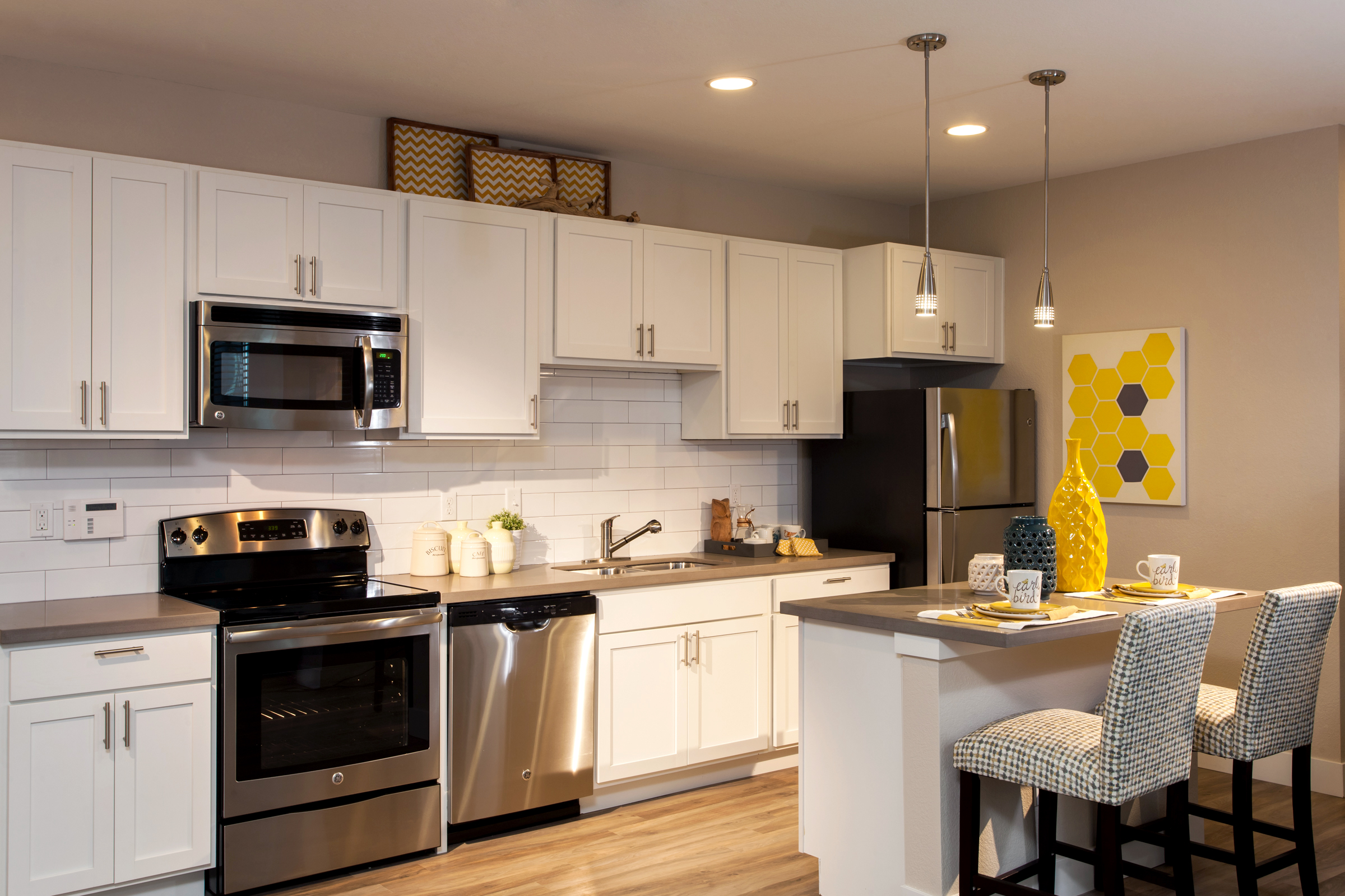 05-Upscale Finishes, Without Sacrificing Convenience in the Kitchens.jpg