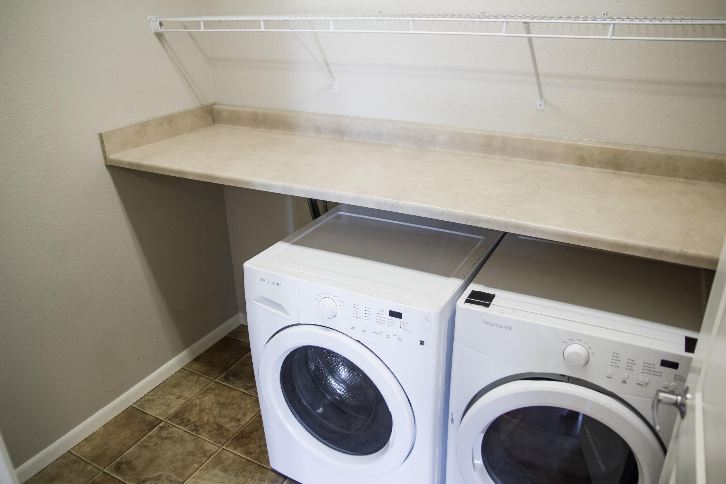 07 In-Unit Washer _ Dryer.jpg
