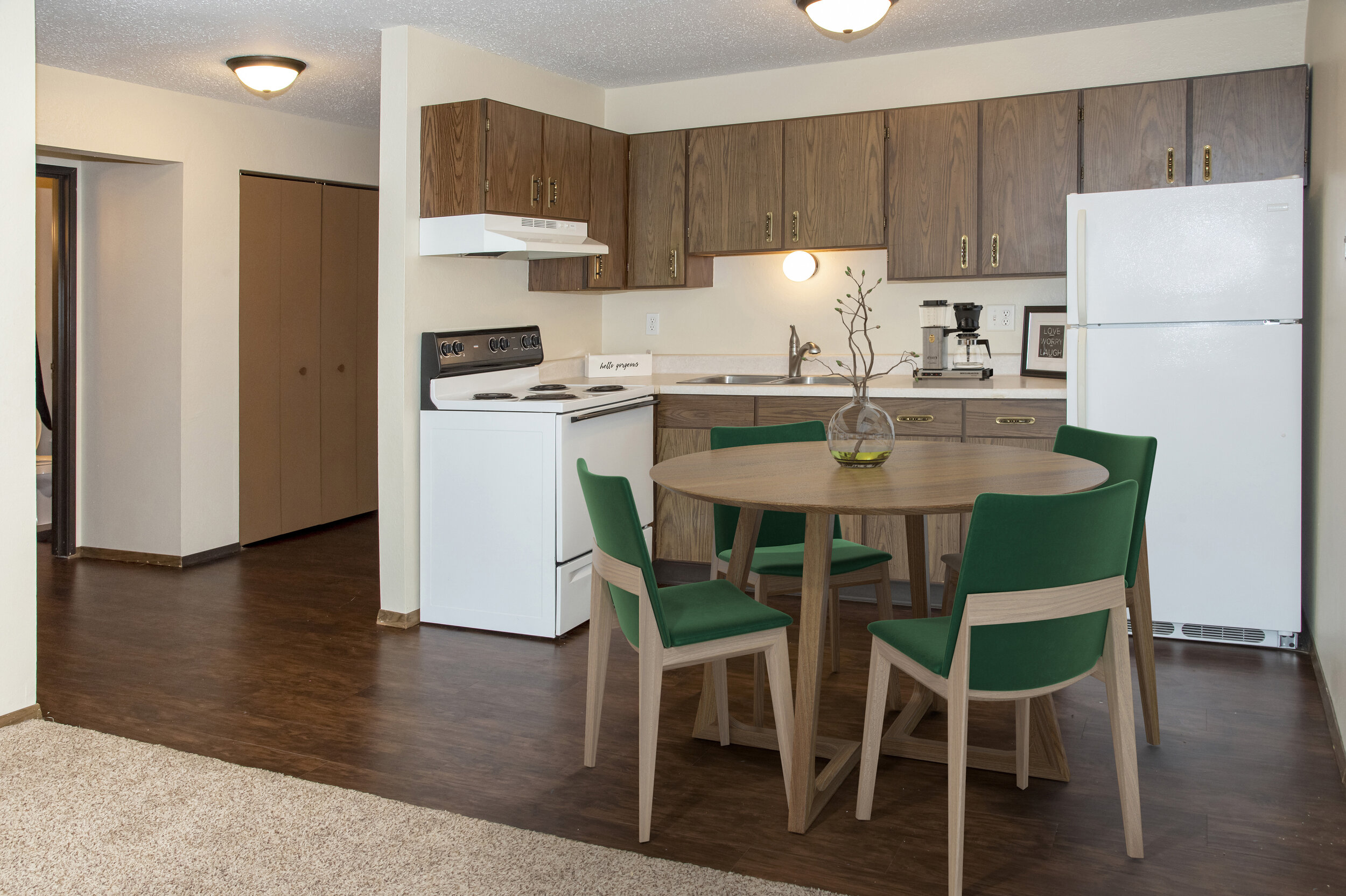 02 Remodeled Studios, One, and Two Bedroom Apartments.jpg
