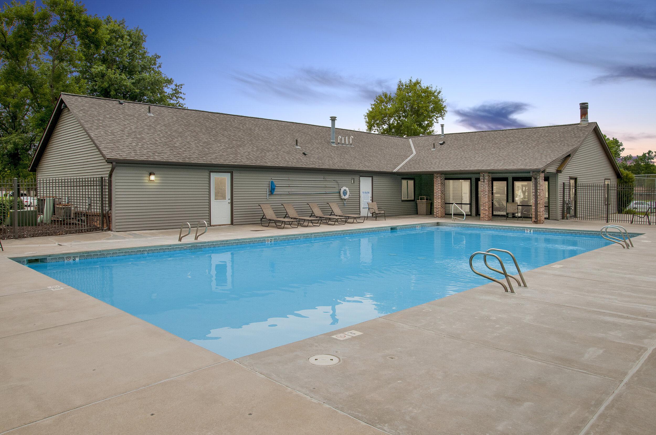 12 Resort Style Outdoor Pool.jpg