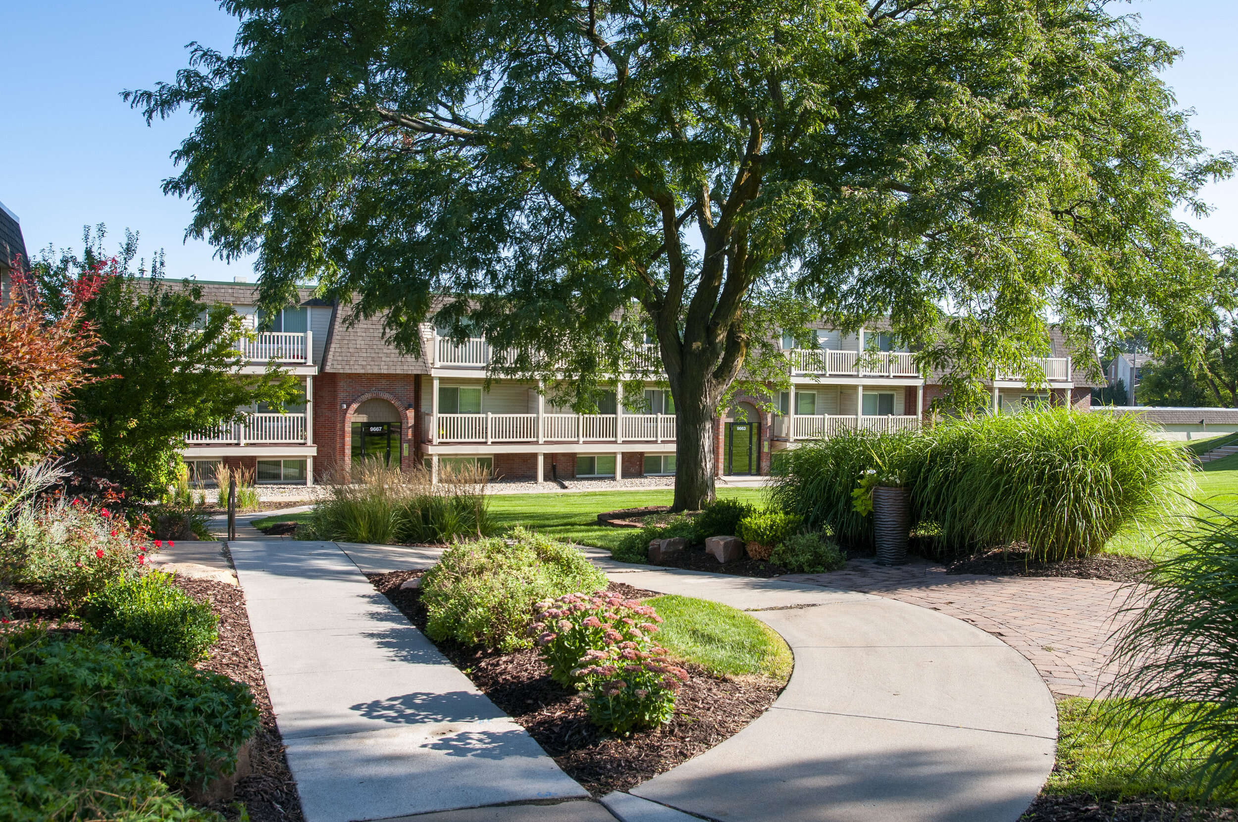 01 Welcome to Cimarron Hills Apartments!.jpg