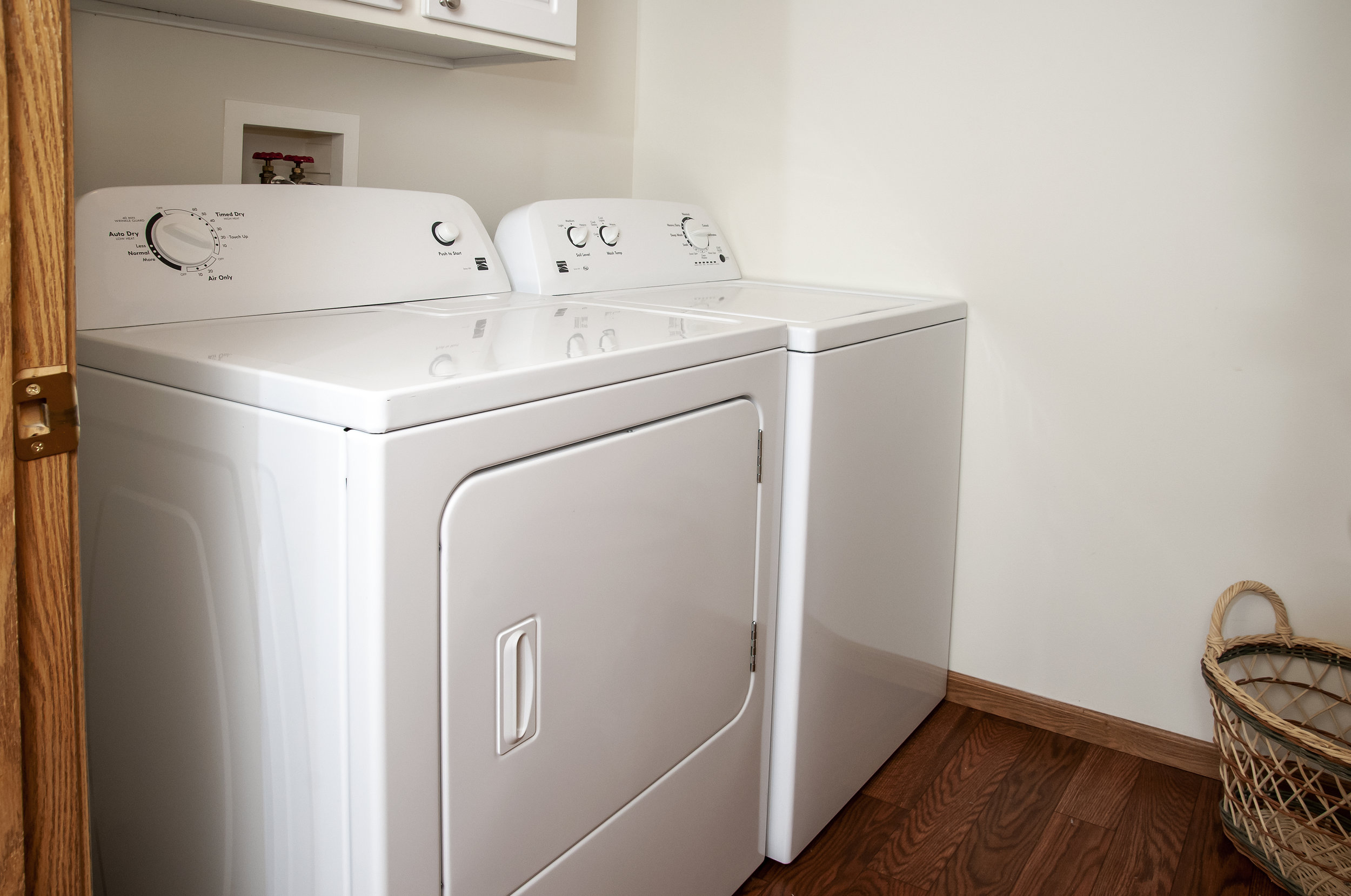 07 In-Unit Washer _ Dryer.jpg