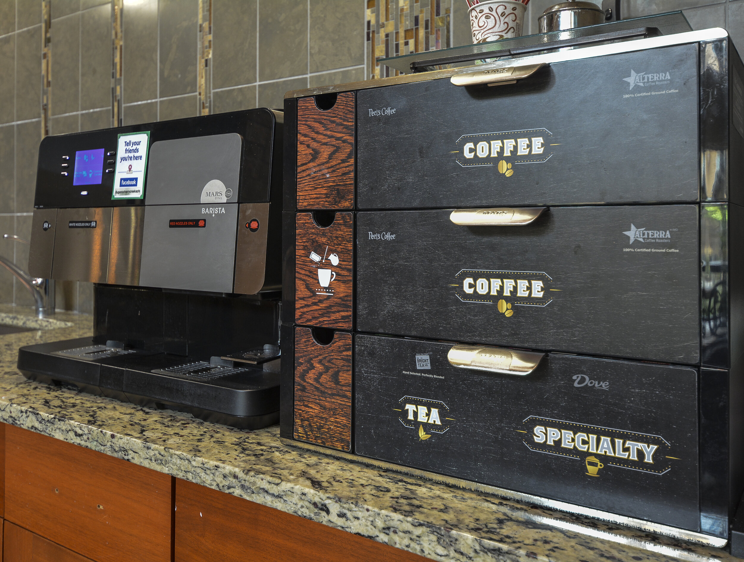 18-Grab a Coffee on The Go.jpg