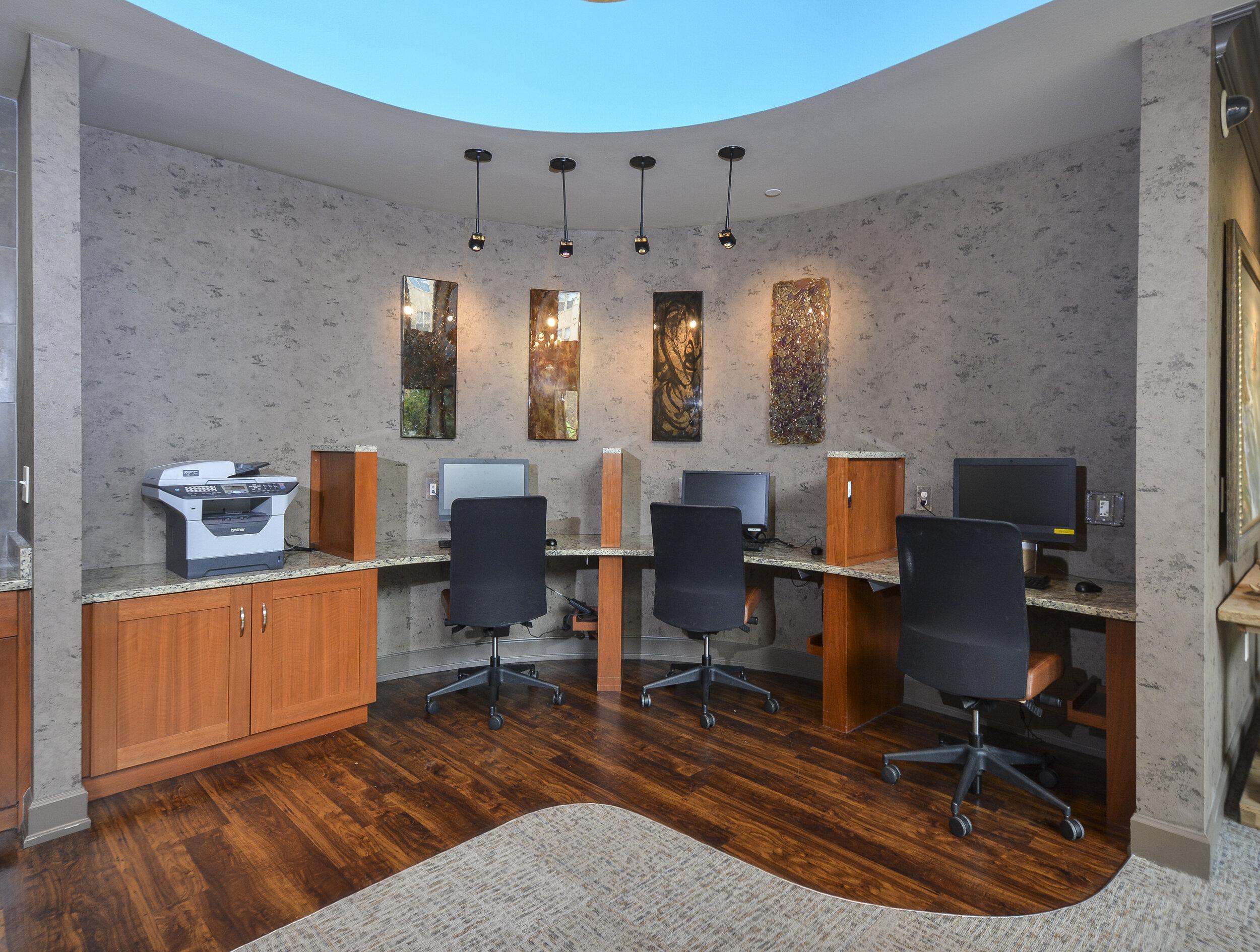 21-On-Site Business Center.jpg