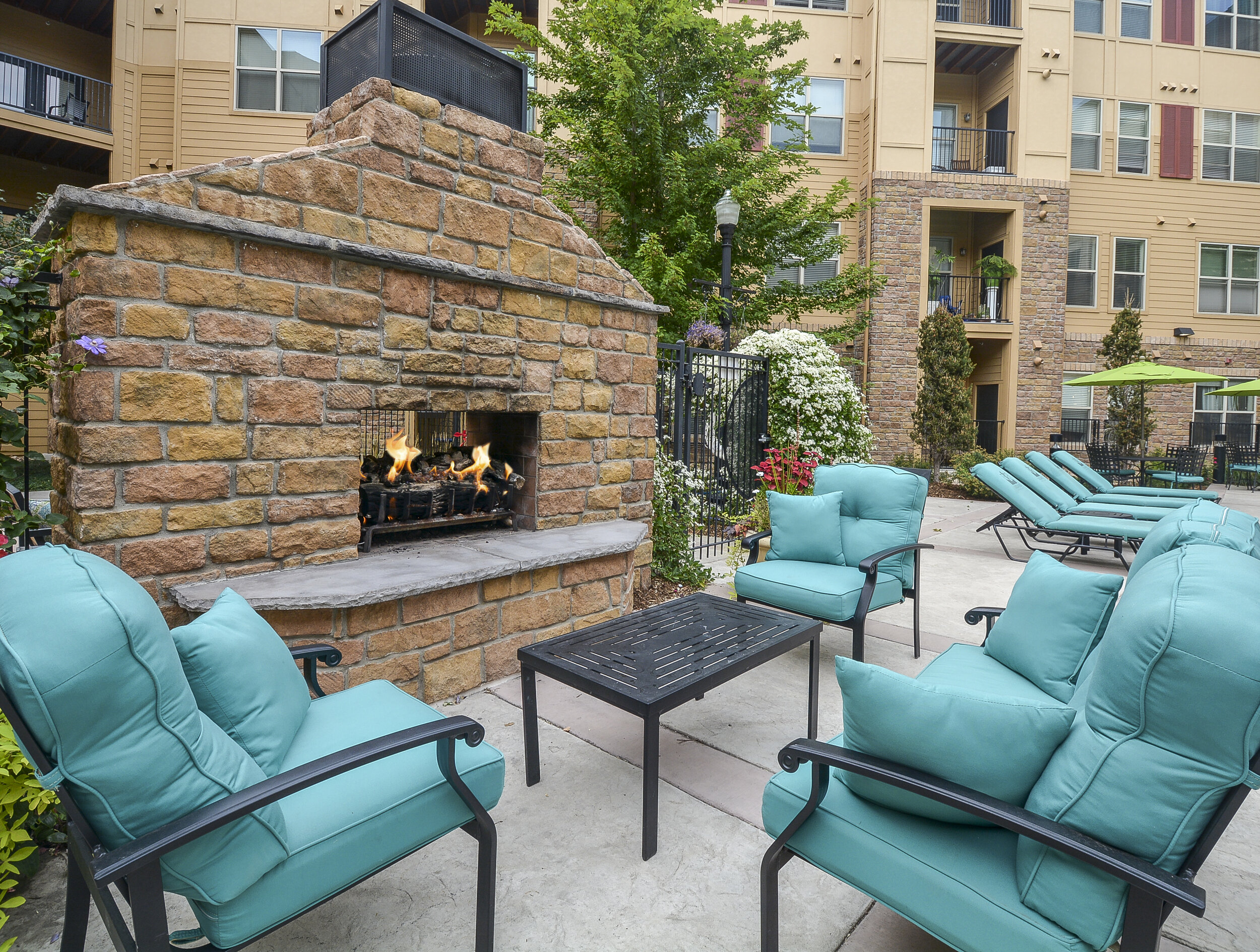 13 Outdoor Lounge Area with Fireplace.jpg