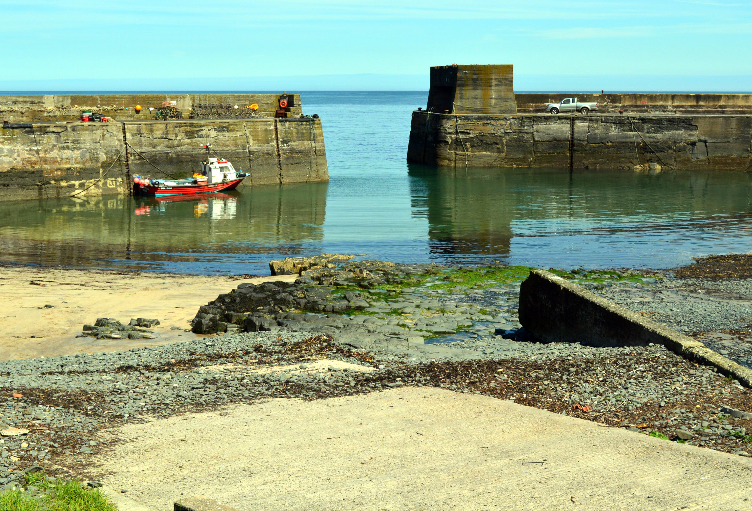 5.3 craster harbour.jpg